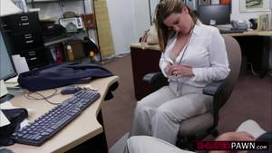 Girls Fucking On Planes - Business woman fucks for plane ticket