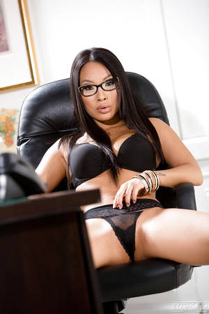 Asian Solo Pussy Porn - ... Glasses clad Asian solo girl Asa Akira unveiling spread pornstar pussy  ...