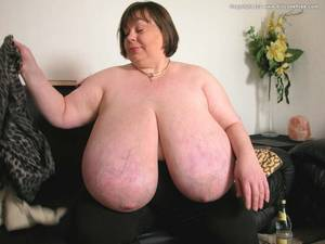 bbw karola huge tits - big tits bbw pawg huge boobs macromastia large breasts gigantomastia  pictures and videos