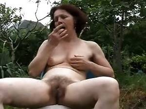 Mature Masturbate Outdoor - Mature naked granny outdoors nude