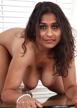 mature porn in india -
