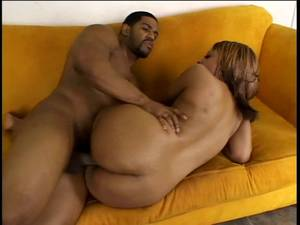 black bitch suck - Bitch in green bra and fat ass is sucking huge dick on the sofa