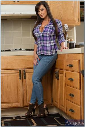 Lisa Ann Kitchen - Lisa Ann gets banged after stripping naked in the kitchen Main Image
