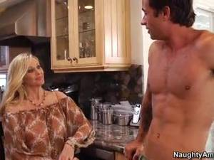 Busty Mom Porn Movies - Busty Blonde MILF Julia Ann Is Horny and ... Xxx American ...