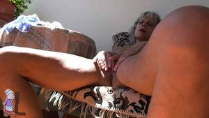 Mature Masturbate Outdoor - Gorgeous mature masturbating outdoor, Photo album by Old Nanny - XVIDEOS.COM
