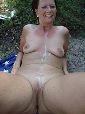 Amateur Wife Outdoor - Amateur Wife Hairy Pussy Outdoors