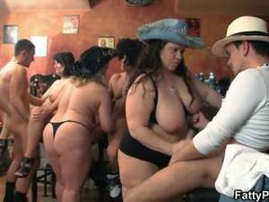 ass sex party - Group Bbw Orgy In The Pub
