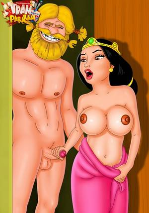 cartoon queen naked - Roxanne from porn Megamind and Queen Elinor from - Picture 1