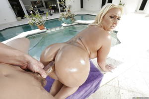 European Porn Stars Big Ass - xpics.me - european fuck Big boobed european blonde nina kayy having big ass  oiled for ou