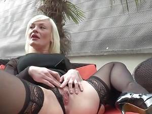 mature leather anal - French mature Caroline anal fucked ...