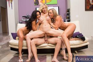naked women at Spring break