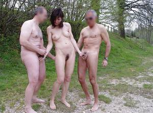 Amateur Wife Outdoor - Wife dogging with husband friends outdoor - RealWifeTube - Wife share,  amateur cuckold porn, nude wife, cuckold wife