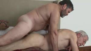 Mature Gay Lovers Fucking - grandpa gets a hot daddy cock down .