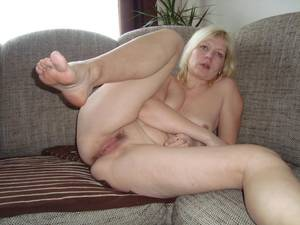 Big Mature Pussy - Big Ass Mature Hairy Pussy