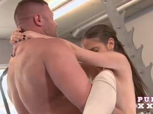 aussie gang bang - Tiny Australian bangs her gym instructor