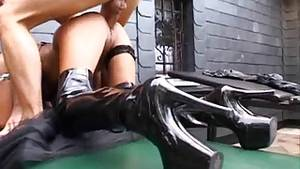 latex boot sex - Sidney Dark getting fucked in black latex boots