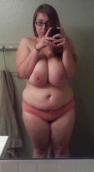 amateur bbw self nudes - 01 02 ...