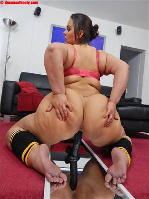 big black dildo - Galleries' index > GERMAN BBW Samantha rides a big black Dildo
