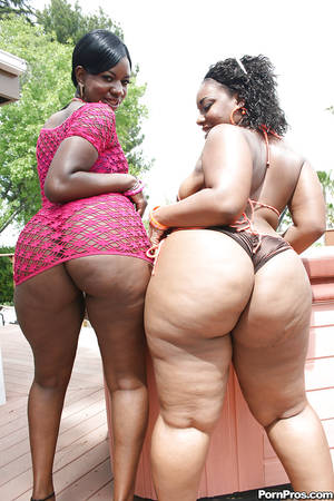 ebony bbw big tits and ass - Fatty ebony babes Kiwi and Brownii showing hot asses and boobs outdoor ...