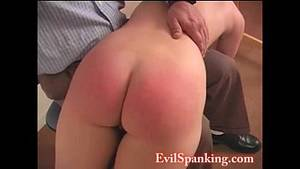 big round asses getting spanked -