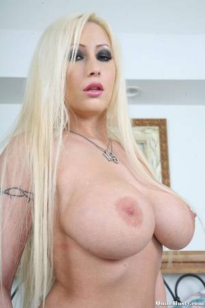 big boobs pix - Very Big Boobs Blonde Porn Babe