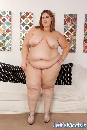 Bbw Porn Ssbbw Katrina Bombshell - ... SSBBW Erin Green displaying rolls of belly fat and saggy boobs before  BJ ...