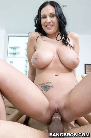 Big Boobs Ass Porn - Big Tits, Round Asses Bella Blaze 2