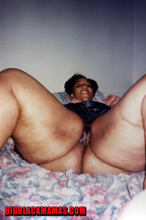 fat black mamas nut - Thick ebony mature shows off her bare massive ass and pussy in her bedroom