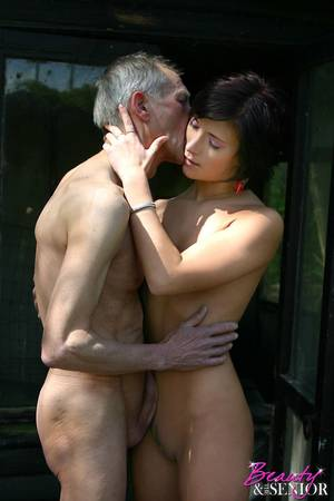Beauty And Senior Fucking - ... Old senior hunter fucking a brunette beauty in the wild ...