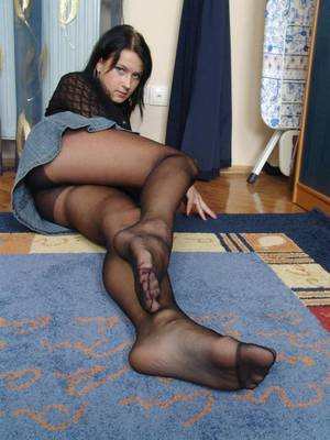 nn pantyhose upskirt - Mouth To Mouth Barrier