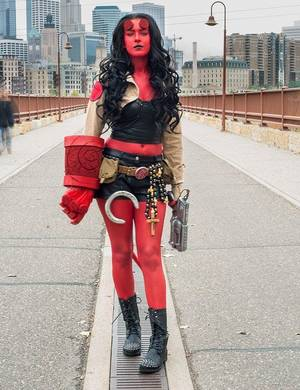 Female Hellboy Porn - hellboy female cosplay! These are all so amazing it's hard to choose a  favorite!