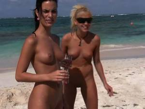 caribbean islands beaches girls -